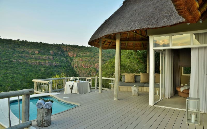 CLIFFTOP Exclusive Safari Hideaway- 1 Night MIDWEEK Stay for 2 + Meals + Safaris for R6 149 pn!