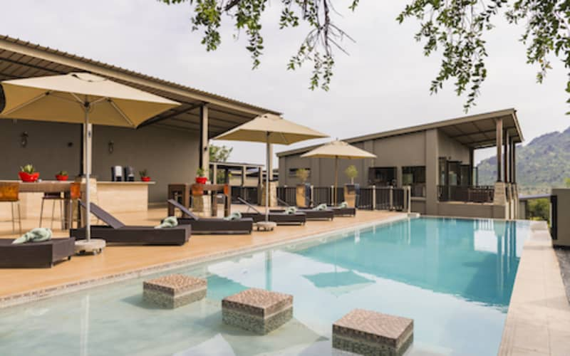 VALENTINES SPECIAL- Shepherd's Tree Game Lodge: 1 Night Stay for 2 People + Meals & 2 Game Drives!