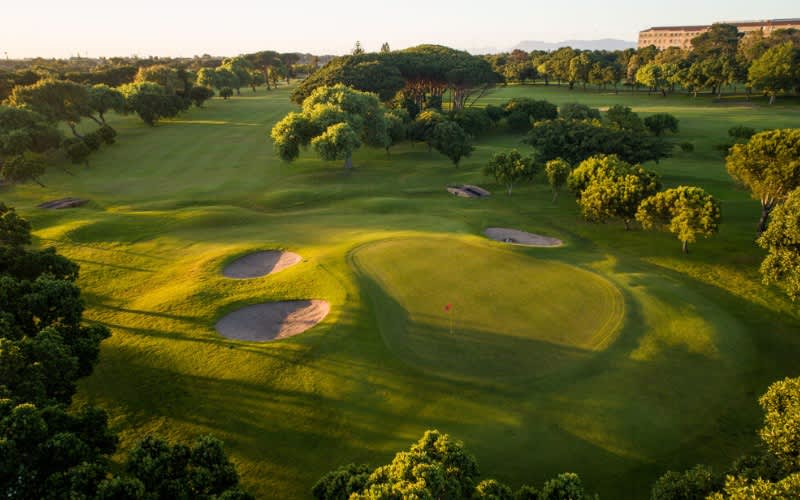 RONDEBOSCH GOLF CLUB- 4-Ball WITH CARTS + Sleeve of Callaway Chrome Soft Golf Balls each - ONLY R1 999