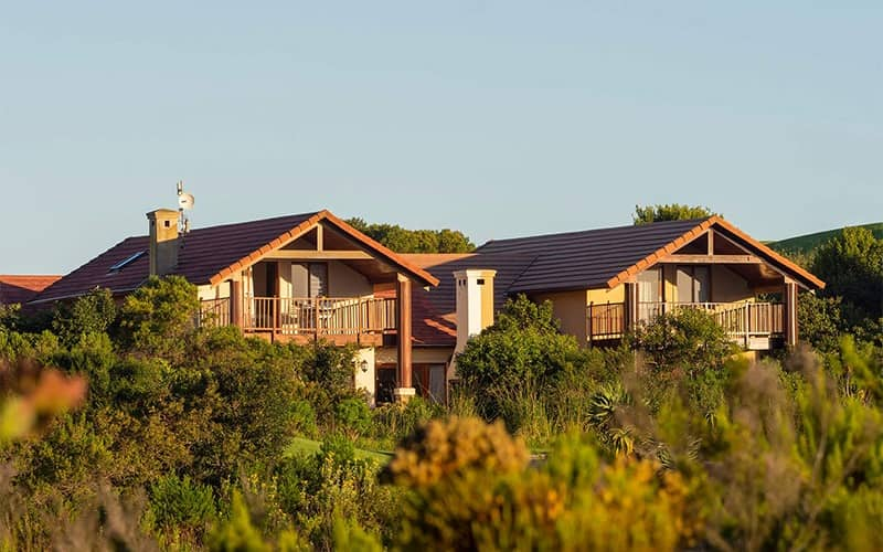 PEZULA- 1 Night Stay in a 4 Bedroom Golf Villa from only R305 per person per night!