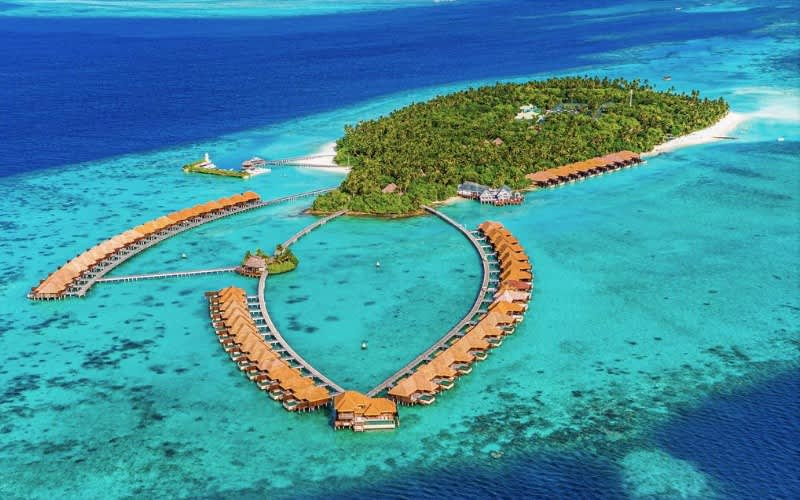 MALDIVES, Ayada 5* Resort-7 Night ALL INCLUSIVE Stay with FLIGHTS - from R46 370 pps!