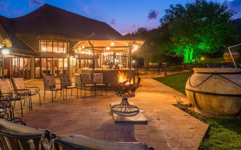 Ivory Tree Game Lodge: Pilanesberg Game Reserve - 1 Night WEEKEND Stay for 2 + Meals + Game Drives!