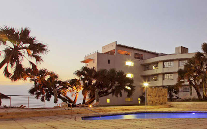 Blue Marlin Hotel, KZN Scottburgh: 1 Night Stay for 2 & Breakfast from R1 759!