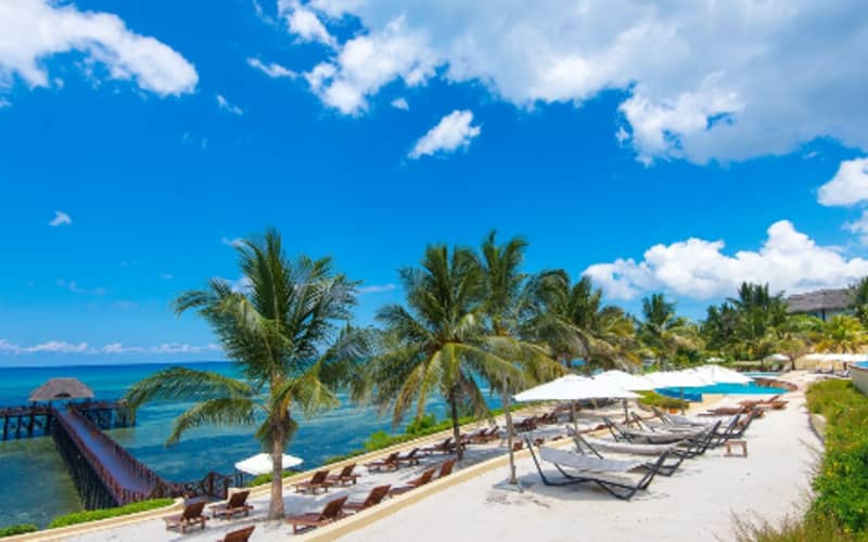 ZANZIBAR: 7 Night ALL-INCLUSIVE deal at Sea Cliff Resort & Spa + FLIGHTS only from R16 800 pps!