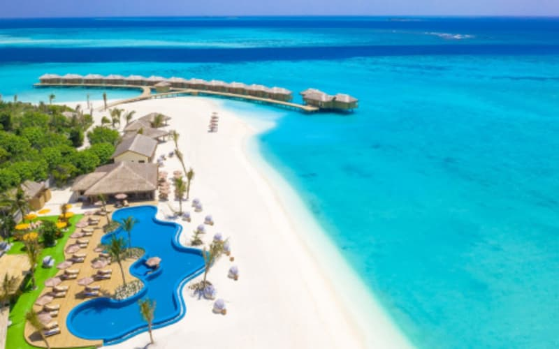 MALDIVES: YOU & ME by Cocoon - 7 Nights + Meals + Flights from R33 670 pps!