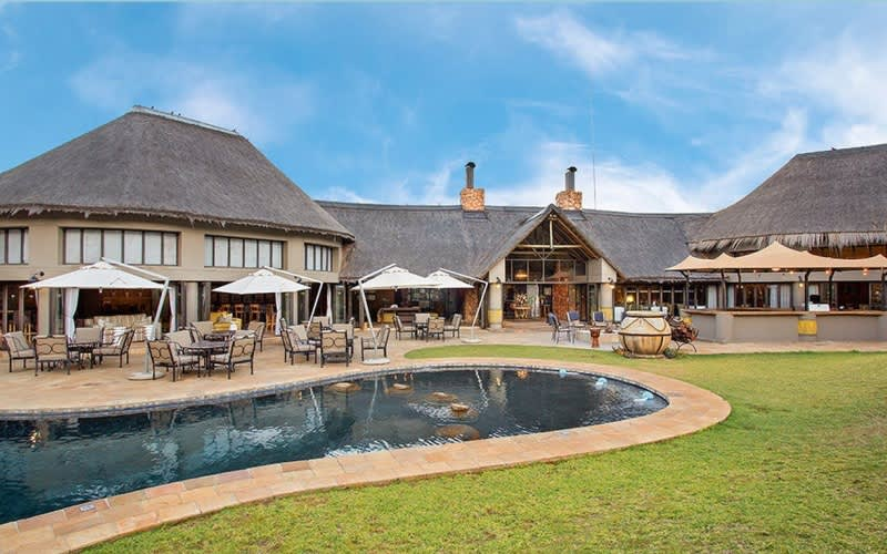 Ivory Tree Game Lodge: Pilanesberg Game Reserve - 1 Night MIDWEEK Stay for 2 + Meals + Game Drives!