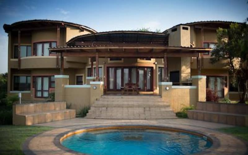 Nkonyeni, Swaziland 8-Person GOLF TOUR: 2 Nights in a Luxury Villa & Golf, Carts or Spa Vouchers!
