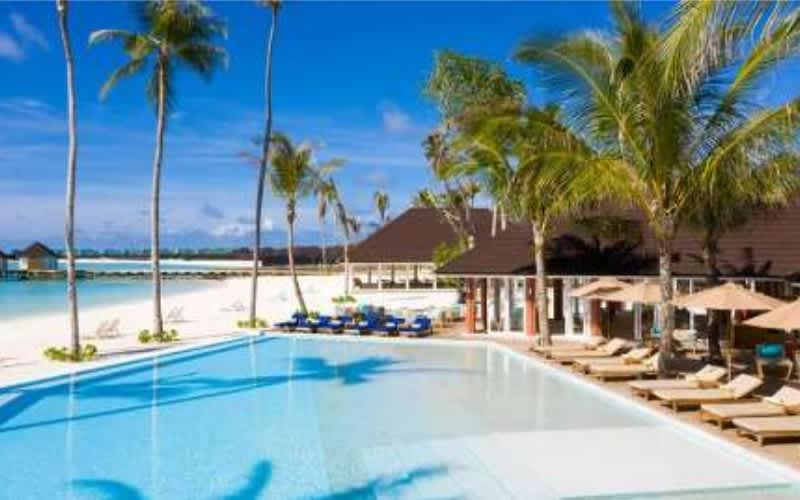 Maldives 4* Olhuveli Beach & Spa Resort : 7 Nights + Meals + Flights from only R35 999 pps!