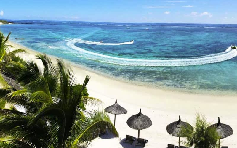 JULY HOLIDAY SPECIAL: 4 Star Solana Beach Hotel, Mauritius - 7 Night Package + Breakfast & Dinner!