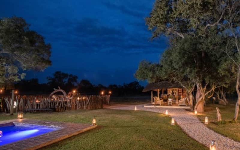 TINTSWALO SAFARI LODGE -Manyeleti Nature Reserve- 1 Night LUXURY Stay for 2 + Meals + Safari Activities!