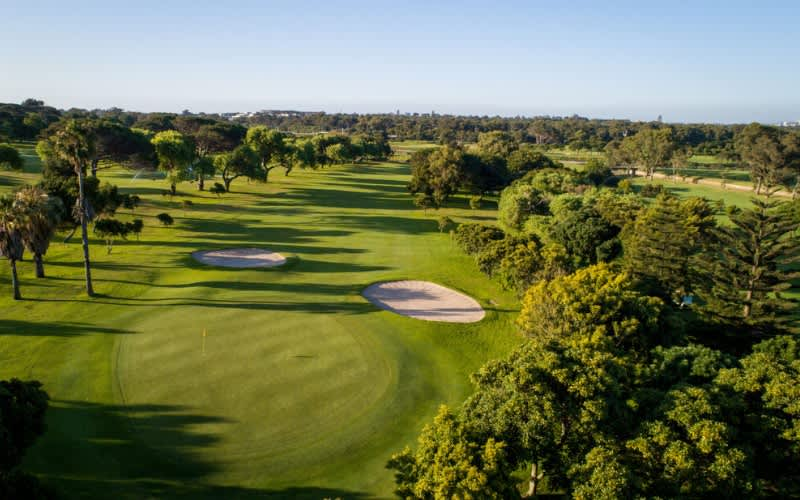 RONDEBOSCH GOLF CLUB: 4 Ball Deal for just R999!
