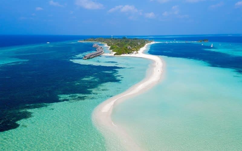 Maldives, KUREDU Resort: 10 Night Stay + FLIGHTS & Entertainment from only R23 960pp!