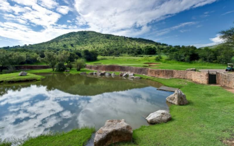 LOST CITY GOLF COURSE: 4-Ball deal INCLUDING CARTS for just R3 519!