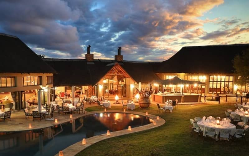 FLOOK SPECIAL - Ivory Tree Game Lodge - Luxury Stays for 2 people + Meals + Game Drives!