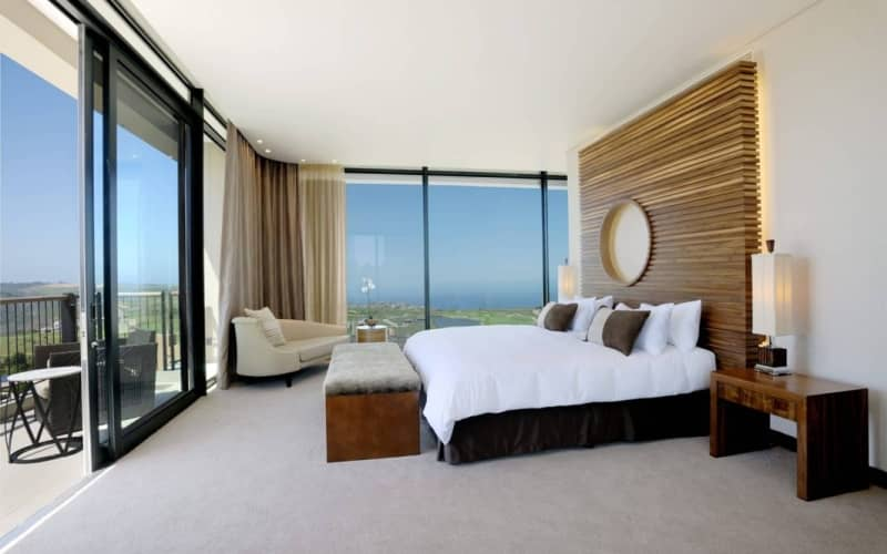 OUBAAI Hotel, Golf & Spa FAMILY Special: 2 Nights for 2 Adults + FREE KIDS ROOM - only R2 899!