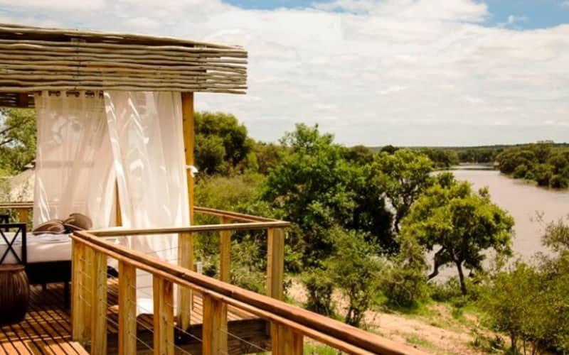 Simbavati Hilltop Lodge: 1 Night Luxury Tented Stay for 2 people + Meals & 2 Safari activities per day!