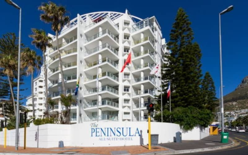 THE PENINSULA ALL-SUITE HOTEL- Sea Point - 1 Night Stay + Breakfasts from R2 229 pn!