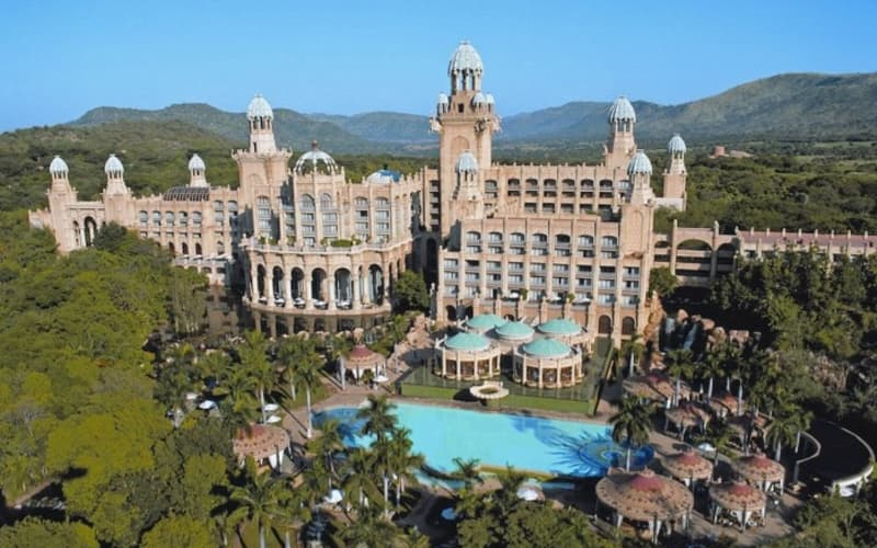 2022 - THE PALACE OF THE LOST CITY:  1 Night MIDWEEK Luxury Stay for 2 + Breakfast!
