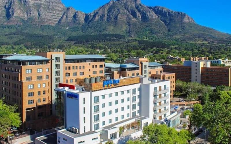 Park Inn by Radisson, Newlands -CAPE TOWN: 1 Night Stay for 2 + Breakfast from R819 per night!