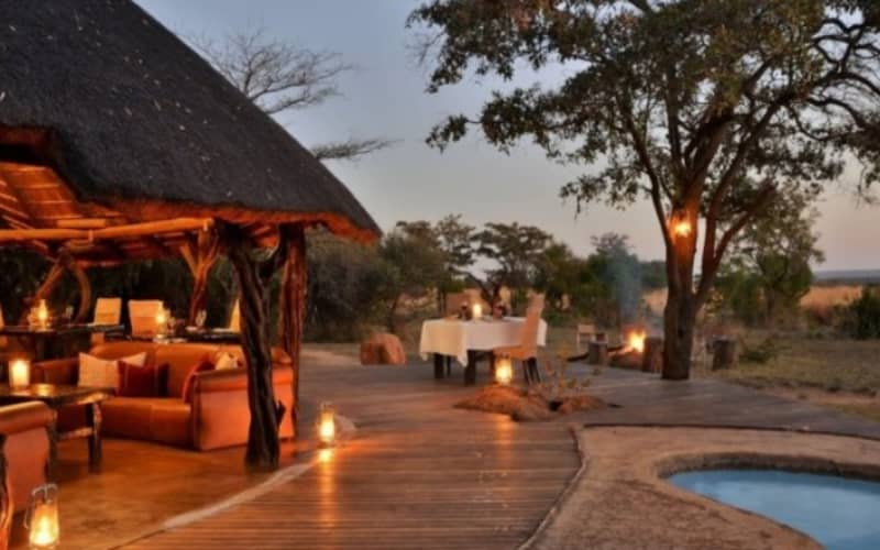 KWAFUBESI TENTED SAFARI CAMP: 1 Night Luxury Tented Stay for 2 + Meals & 2 Safaris from R2 699 pn!