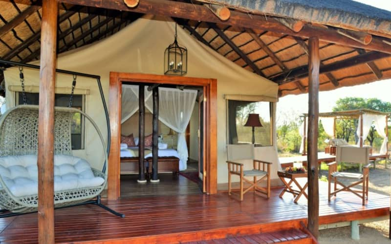 SAFARI PLAINS - 1 Night MIDWEEK Tented Stay for 2 people + All Meals + Game Drives from R4 499!