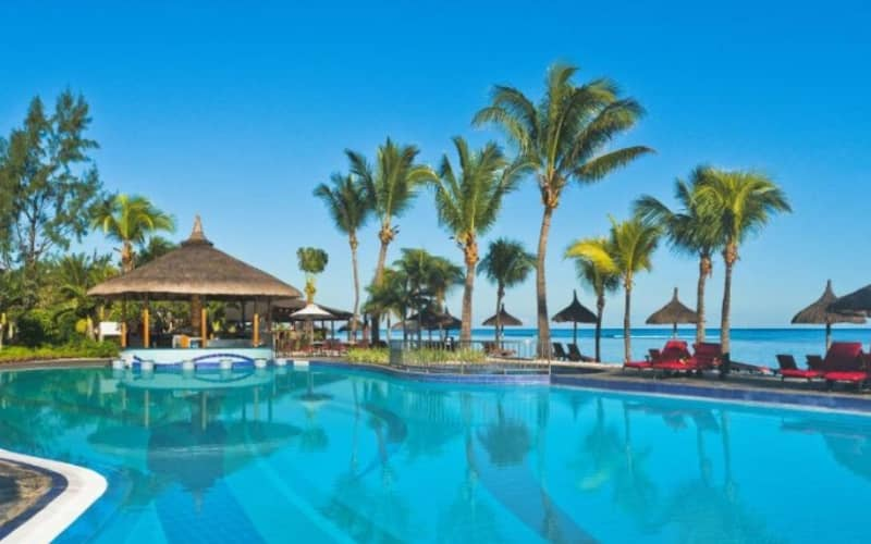 LE MERIDIEN ILE MAURICE 5* Mauritius - 7 Nights Deluxe Ocean View Stay + Flights & Meals from R21 970 pp!