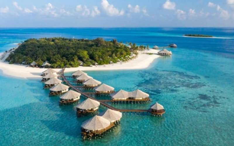 Maldives, KIHAA RESORT & SPA: 7 Night 5* Luxury Stay + Flights & Meals from only R33 099 pp!
