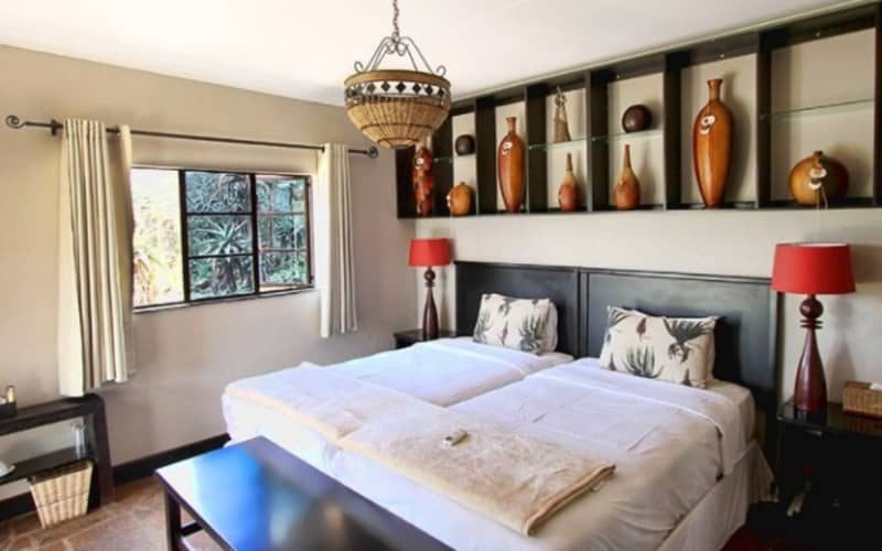 TALA COLLECTION PRIVATE GAME RESERVE - KZN - 1 Night Stay for 2 + Breakfast at ALOE LODGE for Only R 1 199!