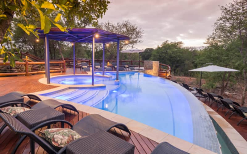 Makalali Private Game Lodge: 1 Night 4* Luxury Stay for 6 people + All Meals & 2 Game Drives!