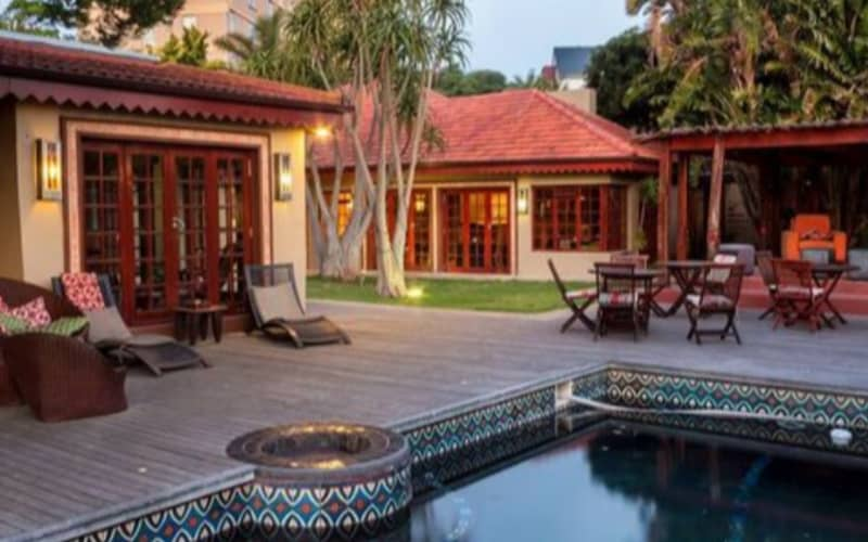5* SINGA LODGE - 1 Night Stay for 2 In a Suite + Breakfast from only R1 199 pn!