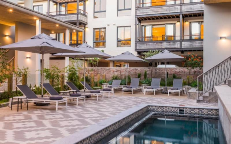 GIRLS WEEKEND AWAY Knysna  - 4* The Rex Hotel - 2 Nights Stay + Spa treatments & MORE for R5 369 PP!