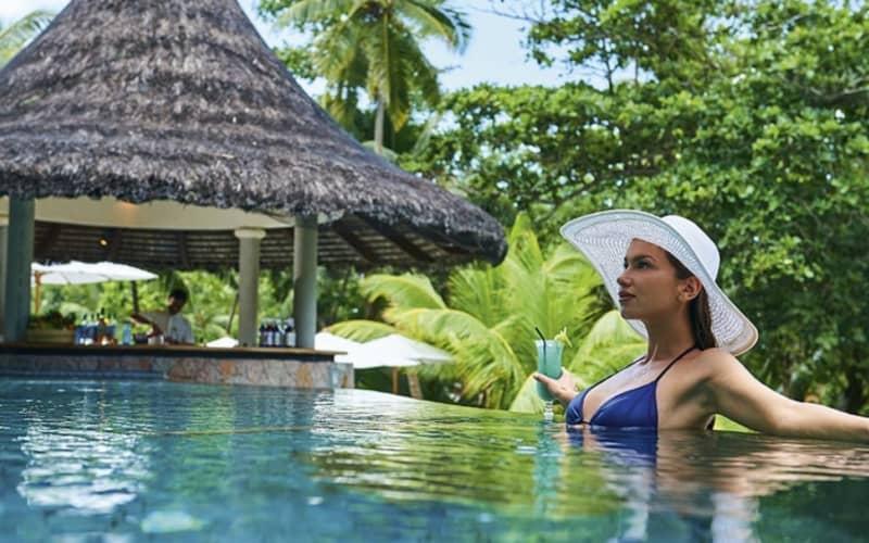 5* CONSTANCE LEMURIA RESORT, Seychelles: 7 Nights Luxury Stay + Breakfast & FLIGHTS From R55 899 pp!