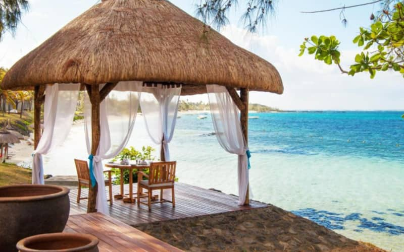 SOLANA BEACH MAURITIUS: 7 Nights 4* Superior Stay + Half Board & FLIGHTS FROM only R21 399 pps!
