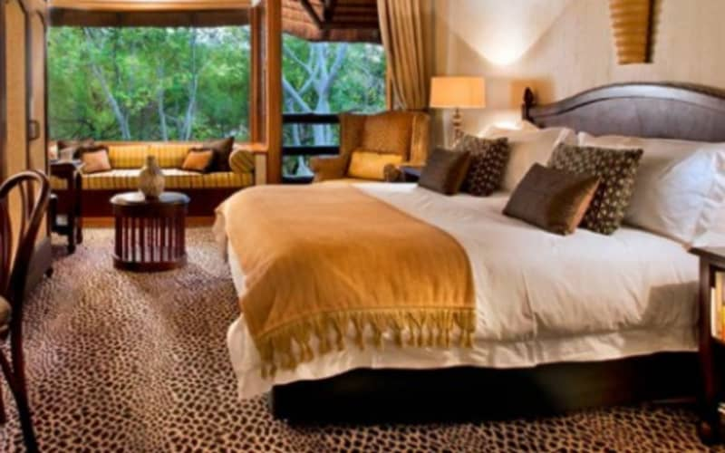 BAKUBUNG BUSH LODGE: 1 Night Stay for 2 + Meals & Game Drive from R3 800 per night!
