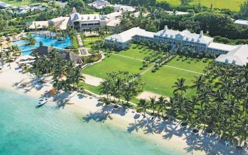Sugar Beach Golf & Spa Resort, Mauritius: 7 Night Stay WITH UNLIMITED Golf & FLIGHTS from R34 199 pps!