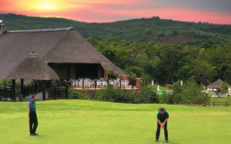Kruger Park Lodge -Hazyview- 1 Night MIDWEEK Stay in a self catering Chalet from only R2 599 pn!