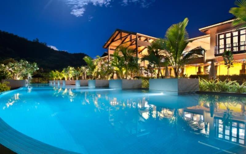 Seychelles: 5* Kempinski Resort: 7 Night Stay + FLIGHTS & Breakfast from only R28 499 pps!
