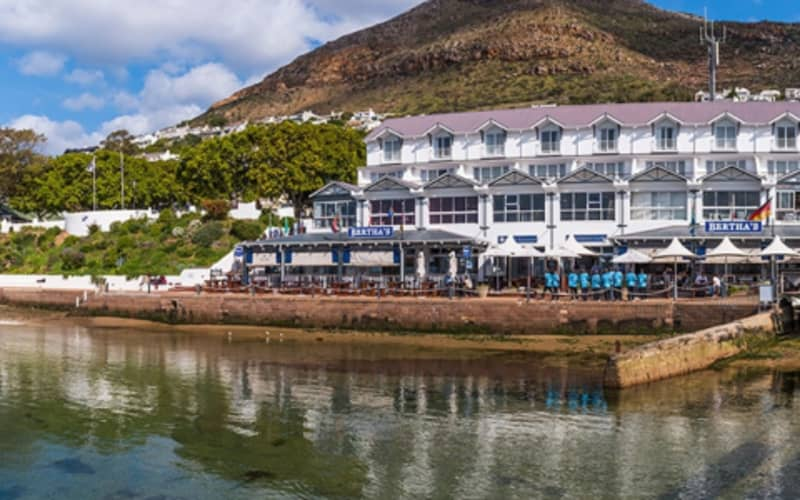 Simon's Town Quayside Hotel: 1 Night stay for 2 People + Breakfast @ R1 299 p/n!