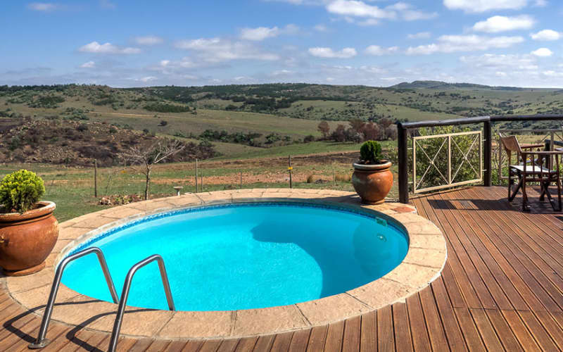 Mount Savannah Game Reserve: 1 Night Family Stay + Breakfast & Game Drive!