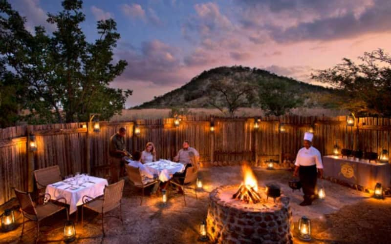 Kwa Maritane Bush Lodge: 1 Night Luxury Stay for 2 + Breakfast, Dinner & Game Drive - from R3 800 pn!