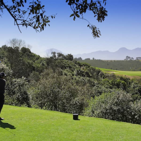 OUBAAI GOLF TOUR DEAL - 2 Nights, 2 People & 1 Round each + Cart & Halfway Lunch Voucher