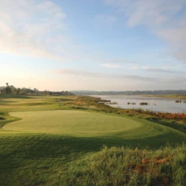 EBOTSE LINKS GOLF & COUNTRY ESTATE: 2-Ball Deal INCLUDING Shared Cart!