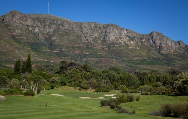 Steenberg Golf Club: 4-Ball Walking Deal only R1 999!