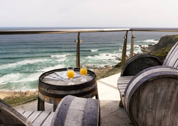 PINNACLE BAY GUEST HOUSE: 1 Night Stay for 2 people + Breakfast for only R1 499!