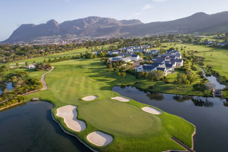 STEENBERG GOLF CLUB - Student / Scholar - 10 x 9 Hole Bundle - R1 249!