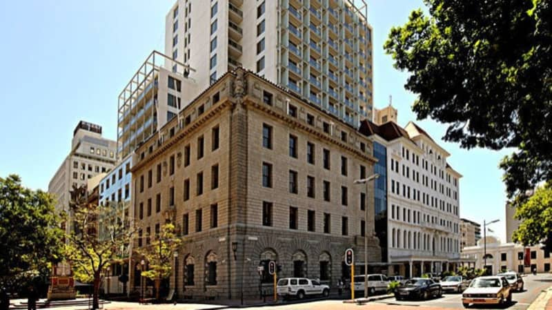 OLD BANK HOTEL 4* - 1 Night Luxury Stay for 2 + Breakfast from R1 239 pn!