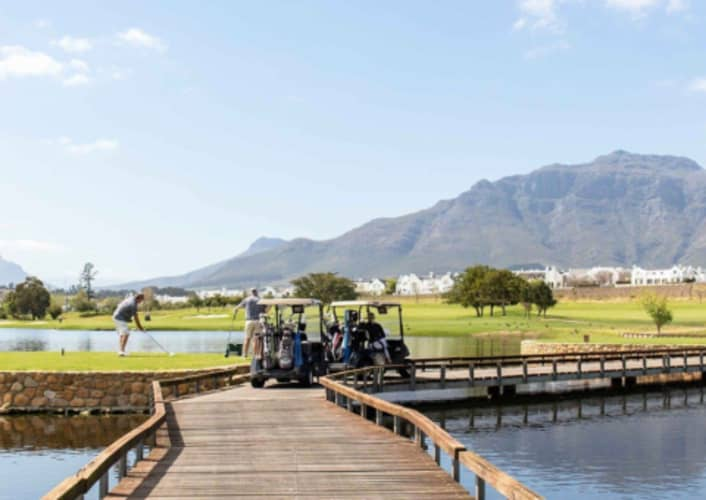 DE ZALZE STAY & PLAY: 2 Night Stay for 2 + 2 Rounds of Golf EACH + a pizza - for only R4 199!