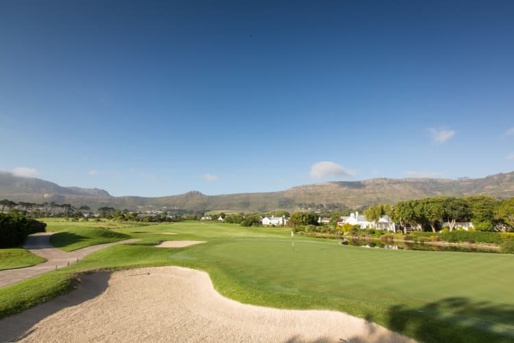 EXCLUSIVE! Steenberg Golf Club: 4-Ball + Carts sharing only R2 799!
