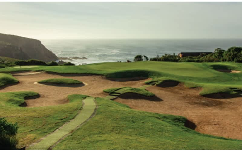 PEZULA Championship Golf Course: 4 BALL including Carts for only R2 599!