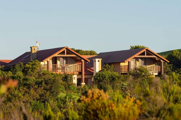 PEZULA- 1 Night Stay in a 4 Bedroom Golf Villa from only R299 per person per night!